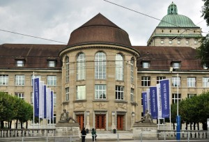 Zürich Hauptgebäude
